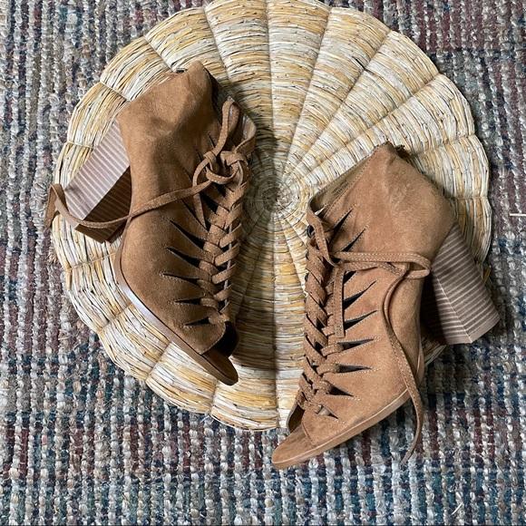 Melrose and Market Zora Lace Up Black Heel Sandal